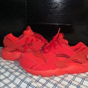 Red Nike huarache